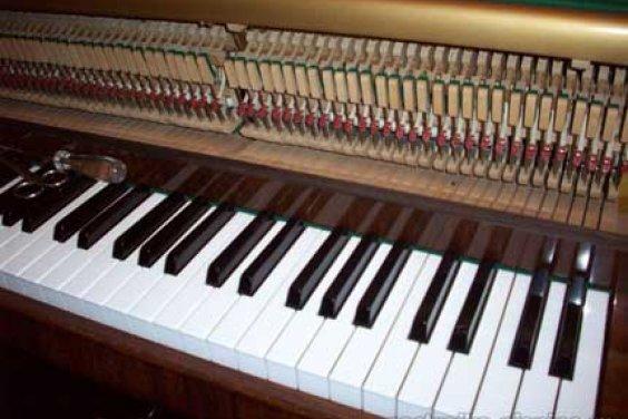 Про настройку пианино Енисей