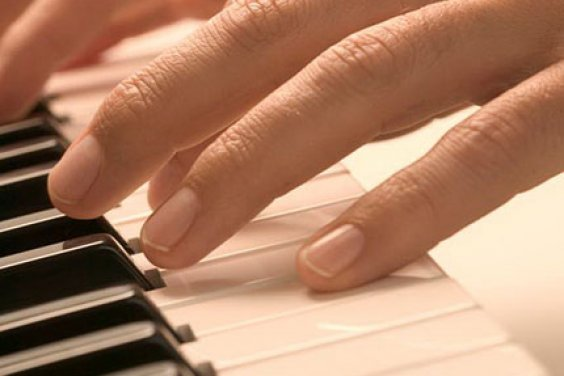 Про настройщиков музыкальных инструментов
