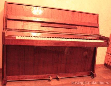 Процесс настройки пианино Украина