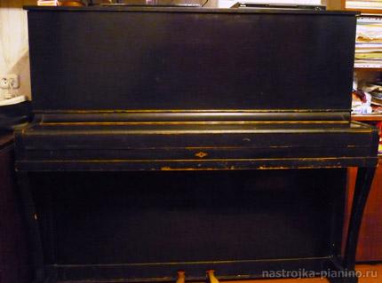 пианино Беларусь черного цвета